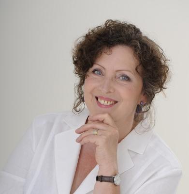 Sylvia Christine Trächslin, AHA! Sylvia C. Trächslin