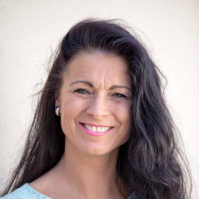 Gabriela Läderach, Regenata Institut